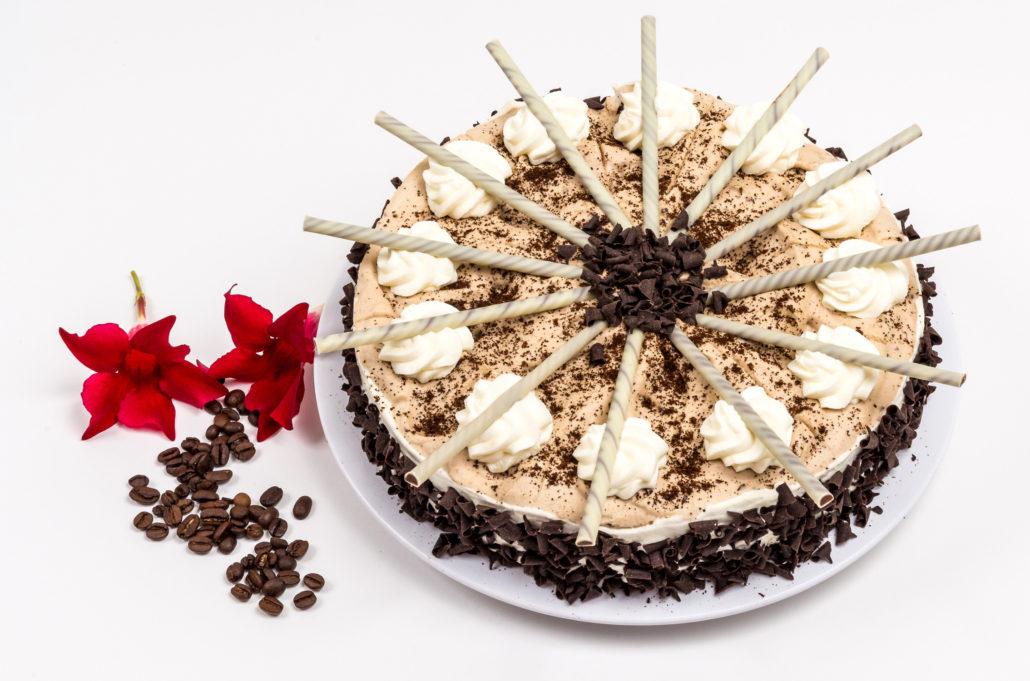 Kuchen gestalten for Kuchen farbig gestalten